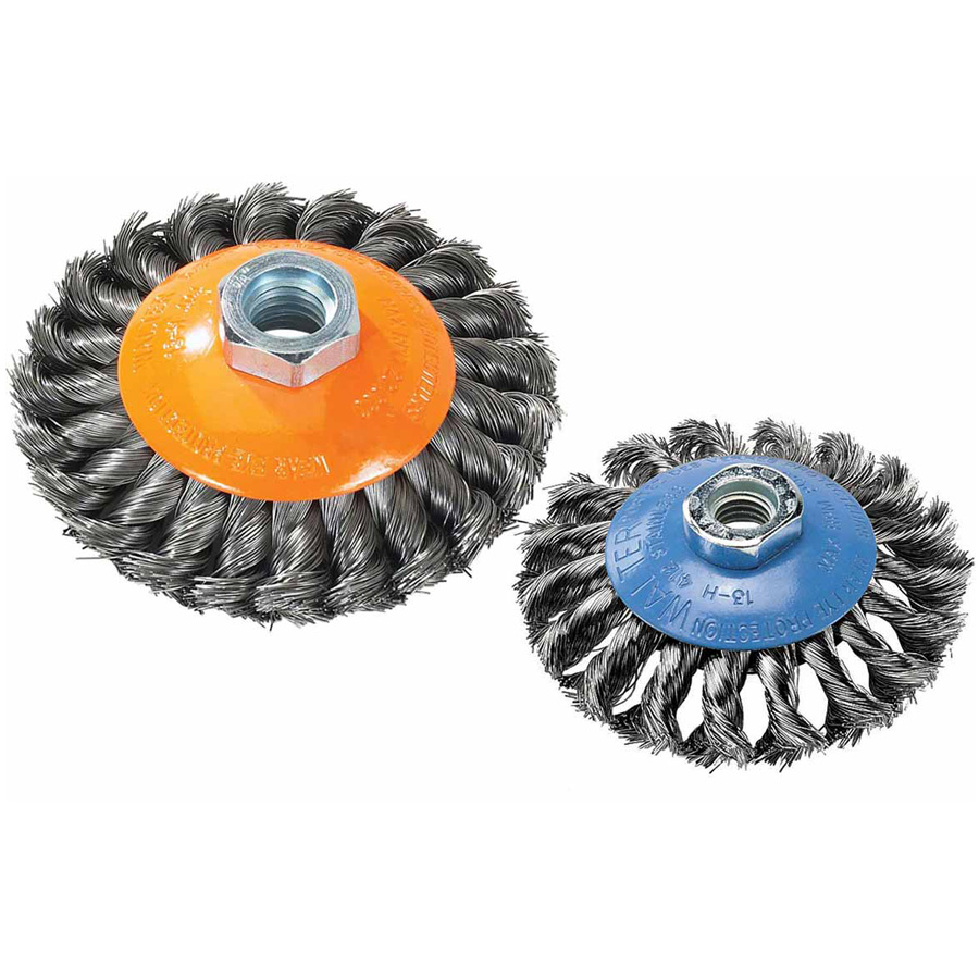BROSSES SOUCOUPES